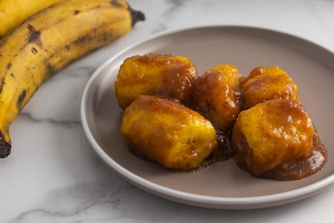 plantains served in a round plate